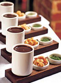 Olá! Tudo bem com vocês? No tempinho mais frio eu gosto muito de sopas e caldos. Que tal fazer um caldinho de feijão para esta …
