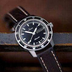 Sinn Men's Watches, Cool Watches, Watches For Men, Sinn Watch, Watches Photography, Tic Toc, Watch 2, Vintage Rolex