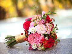 gold tinsel bouquet wrap organic natural red pink garden rose anthropologie inspired wedding flowers utah calie rose www.calierose.com