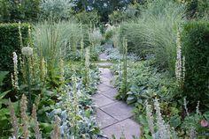 White / Silver garden