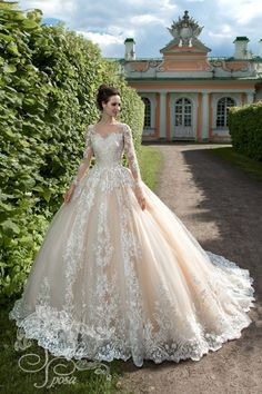 If you're looking for the perfect wedding dress, you've probably encountered some of these different colors and may feel confused about which shade is right for you. Country Wedding Dresses, Princess Wedding Dresses, Modest Wedding Dresses, Colored Wedding Dresses, Boho Wedding Dress, Bridal Dresses, Wedding Gowns, Bridesmaid Dresses, Tulle Wedding