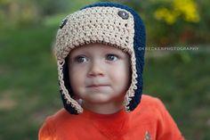 Schattig vlieger hoed, die is op maat gemaakt speciaal voor jou! Kies je de kleuren en de grootte. Deze hoed zou maken een schattige foto prop, en is zeer geschikt voor dagelijks gebruik als goed. Weergegeven in Marine blauw met tan.  Wees alsjeblieft zeker op maat voor de grootte van de juiste hoed. Beschikbare hoed maten:  Baby-geboorte-2 weken 0-3 maanden past 14 en 15 inch 3-6 maanden past 15-16 inch 6-12 maanden past 16-17,5 inch 12-24 maanden past 17,5-19 inch 2T-4T past 19-20,5 inch 5…