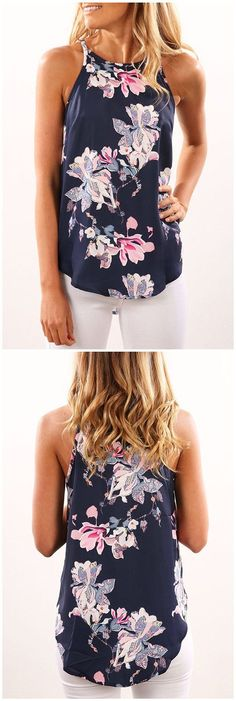 Navy Rancom Floral Print Round Neck Cami add cardigan like the front of it, cover up most likely of the chest, modesty looks. Mode Outfits, Casual Outfits, Fashion Outfits, Womens Fashion, Fashion Trends, Chemises Country, Vetements Clothing, Elegantes Outfit, Mode Style