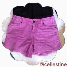 Free People Purple Shorts size 24 Free People Purple Shorts size 24 in great condition. 98% cotton & 2% spandex. Free People Shorts Skorts