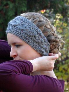 Stirnband mit Zopf zum Knöpfen, free knitting pattern