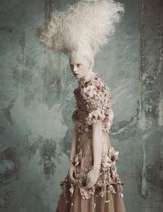 "Life in pics: Editorials: ""Opulenz À La Marie Antoinette"" by Luigi+Iango"