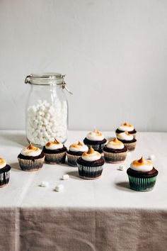 Hummingbird High - A Desserts and Baking Food Blog in Portland, Oregon: Triple Chocolate, Double Graham S'mores Cupcakes