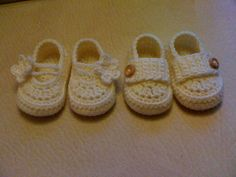 Ravelry: Project Gallery for Little Button Loafers (baby booties) pattern by Hook Candy