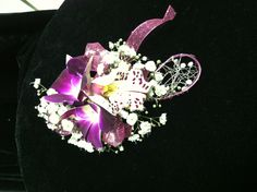 Artfully created by the designers at Bedazzled Flower Shop in Sharpsburg, Georgia. The most accommodating florist around! Serving brides in and around Atlanta, and delivering locally in Sharpsburg, Peachtree City, Newnan, Fayetteville, Senoia, Turin, Brooks, Moreland, Tyrone, Palmetto and Fairburn. Call us at 770.253.2539 today!