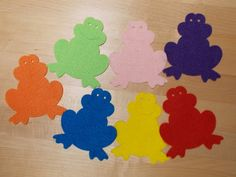 Fun with Friends at Storytime: Froggies R Playing it Cool!