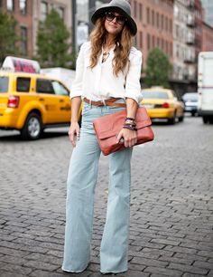 I dunno if I could pull them off, but i LOVE wide leg jeans.