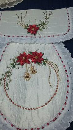 Crochet Bedspread, Christmas Crafts, Handmade Christmas Crafts, Diy And Crafts, Simple Paper Crafts, Adorable Kittens, Blanket, Cushions, Creativity
