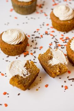 Caramelized White Chocolate Truffle Pumpkin Cupcakes