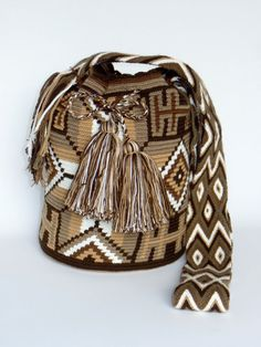 """ORIGINAL"" WAYUU BAGS By ArtiSanStyLeHanDs @Etsy.com   US$89.00  Ship ""WorldWide"""
