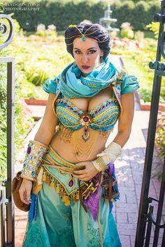 Jasmine cosplay!