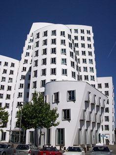 Frank Gehry Dusseldorf