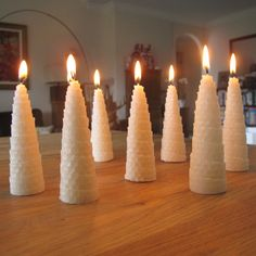 Roll Your Own Beeswax Christmas Tree candles - step 9