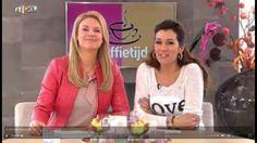 Super leuk! Op de website van Koffietijd kan je per aflevering zien wat de presentatrices dragen.  Pernille droeg de Aaiko Chi top!  http://aaiko.com/tops-en-blouses/chi-chi-pes-535.html
