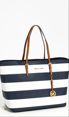 Michael Kors ● Jet Set Travel Tote