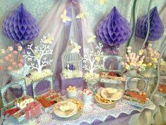 Mesa dulce vintage violeta