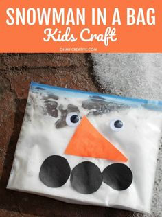 """Adorable Snowman In A Bag Kids Craft - A great kids craft for long winter days! Great sensory craft too - fun squishy texture. This is a great """"snow day"""" activity for toddlers or preschoolers. Winter Crafts For Kids, Winter Kids, Kids Crafts, Long Winter, Snow Preschool Crafts, Snowman Crafts For Preschoolers, Preschool Winter, Party Crafts, Winter Snow"""