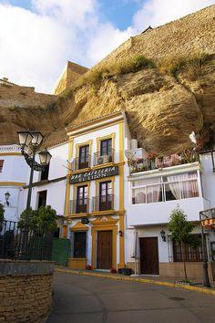 Downtown Setenil de las Bodegas - Cádiz, Spain