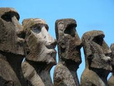 Rapa Nui National Park, Easter Island province of the Valparaíso Region, Chile. Inscription in Criteria: (i)(iii)(v) Easter Island Statues, Polynesian People, 7 Continents, Ancient Ruins, Group Tours, Day Tours, World Heritage Sites, South America, Places To Travel
