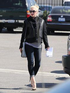 Gwen Stefani - Gwen Stefani Visits Gorilla Automotive