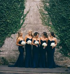 We will forever be in love with navy bridesmaids dressesBridesmaids dresses by @whiterunway #wcvendor Photography by @simon_gorges #wedding #bridesmaids #weddingfashion #navybridesmaids #weddingchicks