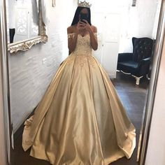 Off The Shoulder Lace Sweetheart Champagne Wedding Dress Ball Gowns