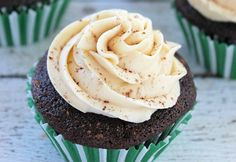 Chocolate Guinness Cupcakes with Bailey's Frosting are a great St. Patrick's Day dessert to celebrate the holiday.  The recipe is easy and chocolately cupcakes with creamy Bailey's frosting are sur...