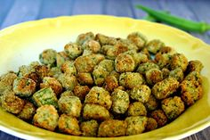 Crunchy Oven-Fried Okra -- this recipe is a bit healthier and easier to prepare. Okra Recipes, Vegetable Recipes, Cooking Recipes, Healthy Recipes, Cajun Recipes, Easy Cooking, Diabetic Recipes, Cooking Ideas, Kitchen