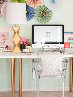 These IKEA built-in hack ideas will add tons of storage space to your home. The IKEA closet hack looks like a real built-in-closet, and you'd never guess Mesa Home Office, Home Office Space, Home Office Desks, Ikea Office, Desk Space, Office Decor, Small Office, Mint Office, Green Office