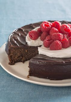 Flourless Chocolate Quinoa Cake with Chocolate Ganache Glaze -- You read that right--and you'll be amazed how yummy this dessert recipe is, especially with that chocolatey ganache glaze.