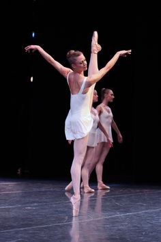 Lesley Rausch | George Balanchine's Concerto Barocco | Pacific Northwest Ballet | ©Lindsay Thomas
