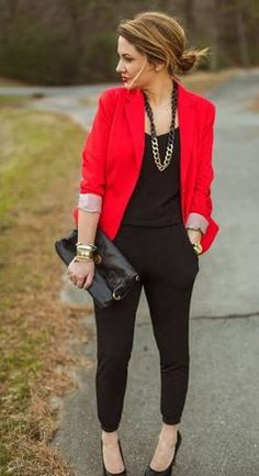 Resultado de imagen para outfit saco rojo