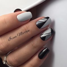 Beautiful blavk/white/gray nail design