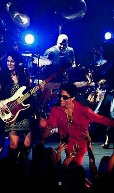 Prince and his band having a good time!