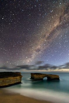 Milky way over London Bridge on the Great Ocean Road