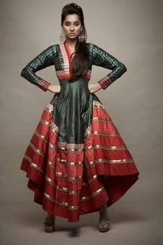 wonder who's designed this or the model is? ideas... Can be made out of a sari?