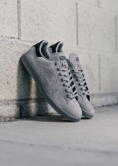 "Adidas Stan Smith ""Grey Suede"" www.featuresneake… Photographer: Adidas Stan Smith ""Grey Suede"" www. Sneakers Mode, Suede Sneakers, Sneakers Fashion, Fashion Shoes, Adidas Sneakers, Grey Sneakers, Stan Smith Grey Suede, Adidas Stan Smith Grey, Adidas Smith"