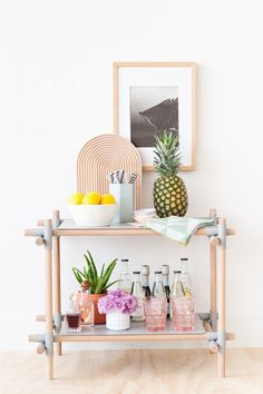 Bar Cart Ideas - There are some cool bar cart ideas which can be used to create a bar cart that suits your space. Having a bar cart offers lots of benefits. This bar cart can be used to turn your empty living room corner into the life of the party. Diy Bar Cart, Gold Bar Cart, Bar Cart Styling, Bar Cart Decor, Bar Carts, Diy Interior, Interior Decorating, Interior Design, Room Interior