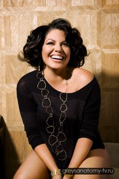 Sara Ramirez // Pretty much the only reason I watch Grey's Anatomy. Beautiful and SO talented! Sara Ramirez, Torres Grey's Anatomy, Latina, Pretty People, Beautiful People, Beautiful Women, Moda Xl, Beauty Heroes, Youre My Person