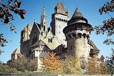 TradCatKnight: Amazing Castles & Medieval Music April 19, 2016
