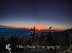Sunset over #ClingmansDome, #Tennessee/ #NorthCarolina, #USA • #HDR Story: http://www.blog.lilleulven.com/travelstories/in-search-of-autumn/chimney-tops/?utm_content=buffer0ca1d&utm_medium=social&utm_source=pinterest.com&utm_campaign=buffer  #photography #travelblogger #nature