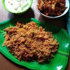 Super easy and fast beetroot pulao which has peas in them. This pulao not only taste amazing but is so easy to make. Fried Fish Recipes, Roast Recipes, Curry Recipes, Easy Chicken Recipes, Rice Recipes, Indian Food Recipes, Cooking Recipes, Peas Pulao Recipe, Malai Chicken