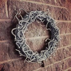 Win a Harry Potter Inspired Wreath and Crafts Book By Jamie Harrington - Craftfoxes Math Crafts, Nerd Crafts, Space Crafts, Book Crafts, Easy Halloween Costumes, Halloween Crafts, Holiday Crafts, Harry Potter Bathroom, Harry Potter Style