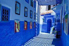 Картинки по запросу картины разноцветных дом