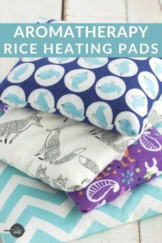 How to Make Rice Heating Pads Aromatherapy Rice Bags Rice Bag Heating Pad, Homemade Heating Pad, Homemade Heat Packs, Homemade Ice Pack, Microwavable Heating Pad, Rice Warmers Diy Heating Pads, Diy Sewing Projects, Sewing Tutorials, Sewing Crafts