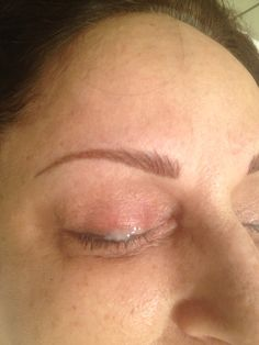 Eyebrow Feathered tattoo technique by Porter! Eyebrow Feathering, Eyebrows, Eyeliner, Full Lips, Eyebrow Tattoo, Spa Day, Cosmetics, Tattoos, Beautiful